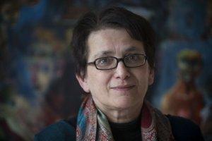 Sociologička Jarmila Filadelfiová z Inštitútu pre výskum práce a rodiny sa venovala výskumu rodiny, demografického vývoja, domáceho násilia a postavenia ženy v spoločnosti.
