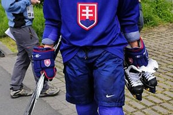 Andrej Sekera si tentoraz reprezentačný dres neoblečie.