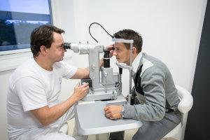 Peter Žiak na oftalmologickej klinike