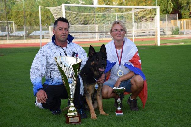 Dáša Mináriková a pes Harryson.