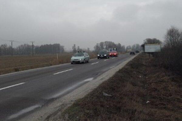 Cesta z Prievidze do Nedožier-Brezian by už tento rok mohla byť v lepšom stave.
