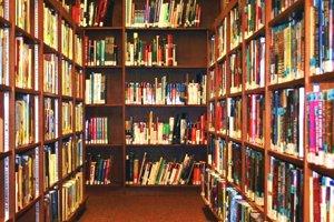 Knižnica - ilustračné foto.