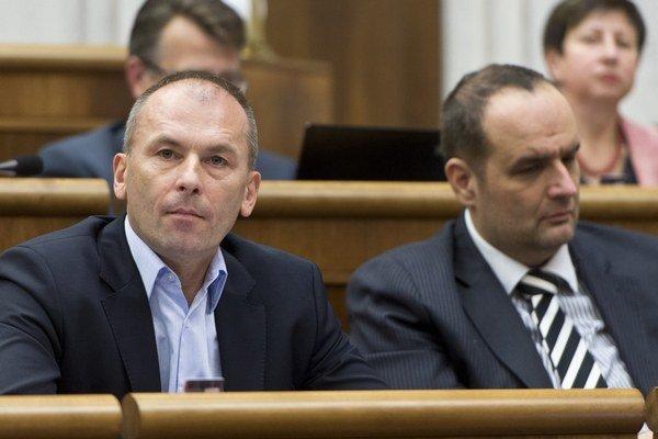 Osameli. Pavol Frešo (vpravo) a Ľudovít Kaník.