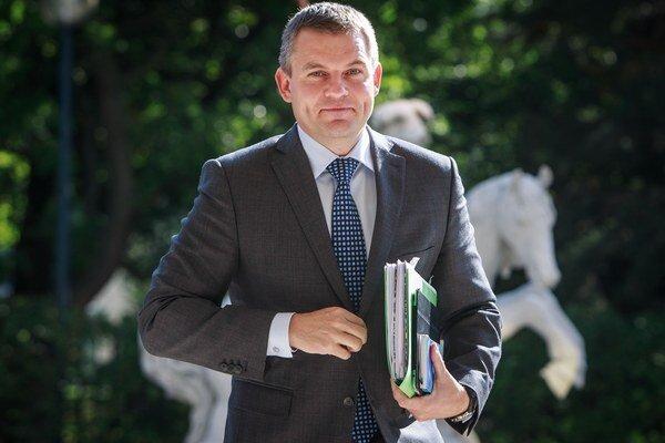 Minister školstva Peter Pellegrini.