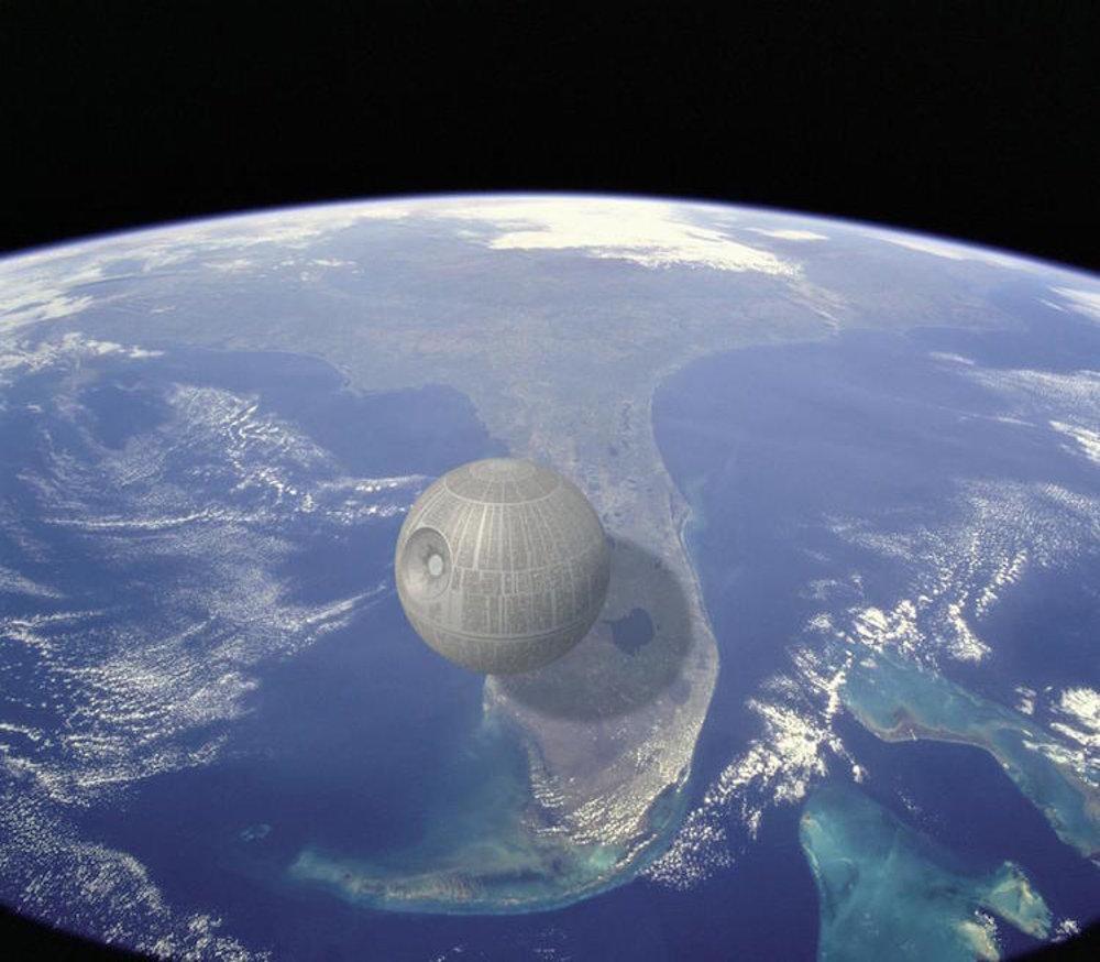 Aj keď Hviezda smrti v skutočnosti neexistuje, je jednou z najväčších mašín, ktoré boli kedy vymyslené. V priemere má približne 160 kilometrov, čiže asi štvrtinu dĺžky Floridy.