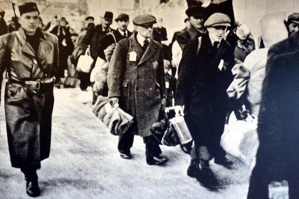 Transport slovenských Židov.