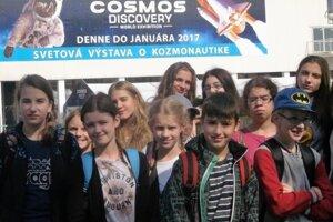 Navštívili aj výstavu kozmonautiky.