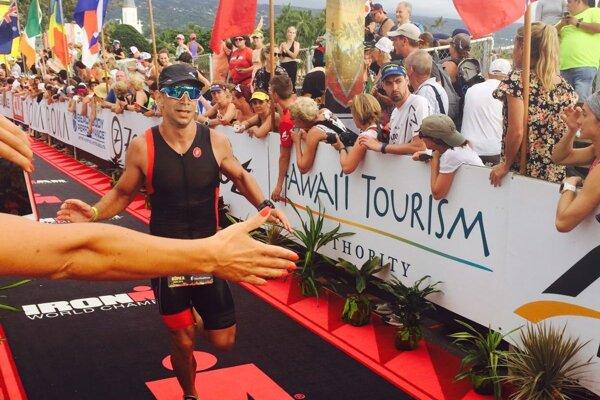Michal Holub si svoj cieľ na Havaji splnil.