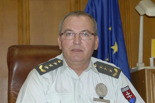 Juraj Bukuš. Zkrajskej polície vKošiciach sa dostal doBudapešti.