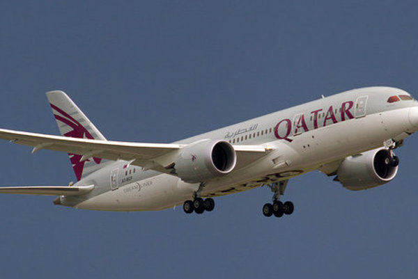 Qatar Airways Boeing 787-8 Dreamliner.