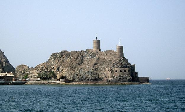 V Ománe je veľa starých pevností a palácov, ktoré zaujmú aj deti.