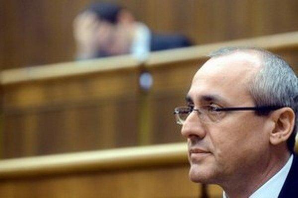 Európska asociácia sudcov vyzvala ministra spravodlivosti Tomáša Boreca, aby sa pokúsil zmeniť situáciu.