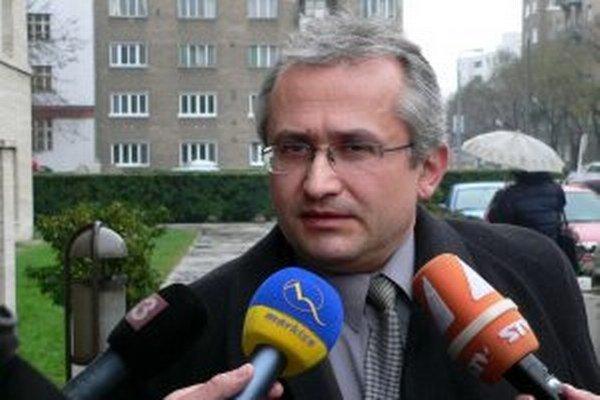 Peter Ďuračka.