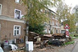 Statik aj hygienici dávajú domu v Žiline šancu na opravu