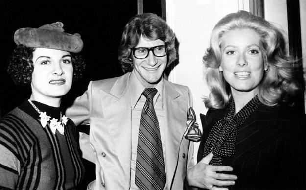 Catherine s Yves Saint Laurentom a dcérou Pabla Picassa Palomou v roku 1971