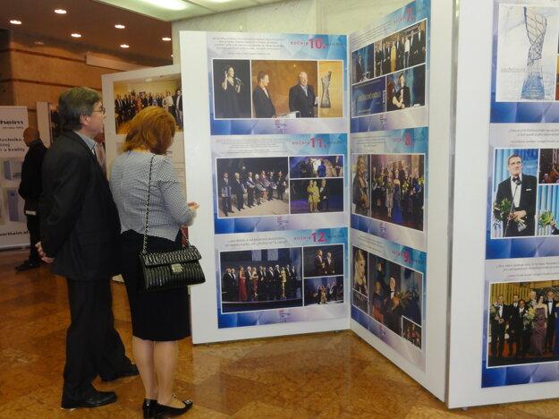 Výstava vo foyer DAB potrvá do 6. novembra