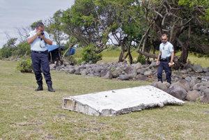 Časť krídla z nezvestného Boeingu 777 malajzijských aerolínií.