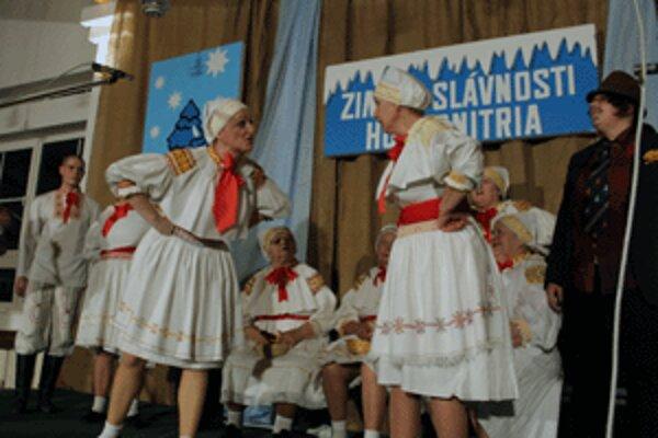 V programe slávností vystúpila aj folklórna skupina Košarinka z Temeša.