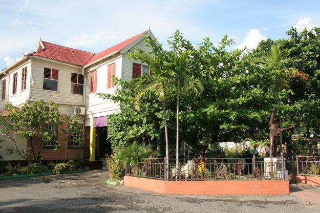 Jednou z najväčších atrakcií Kingstonu je Múzeum Boba Marleya.