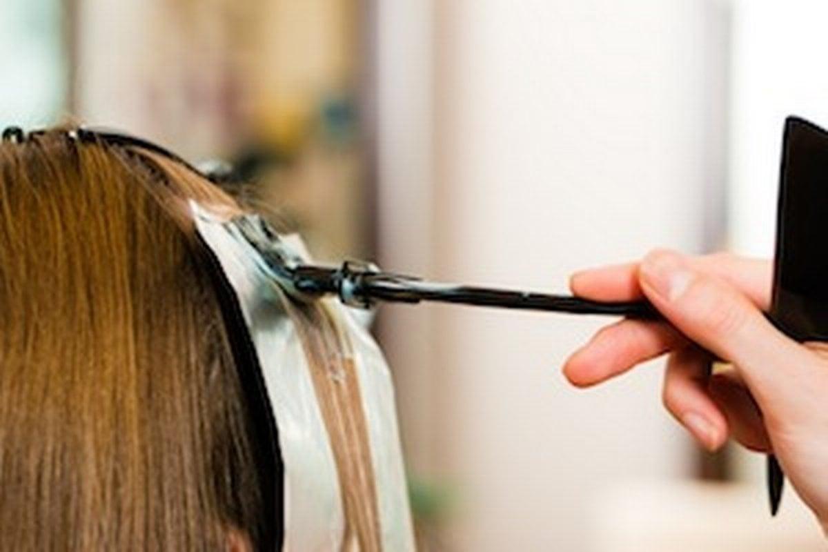 Покрасить волосы в два цвета в домашних условиях пошагово