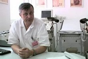 Ladislav Masák, primár onkologynekologickej kliniky v Onkologickom ústave sv. Alžbety v Bratislave. Hovorí vo videu nižšie.