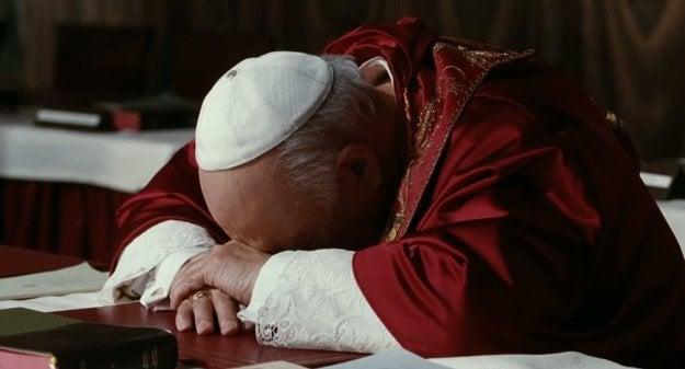 Pápež z filmu Habemus Papam! odmietal svoju novú funkciu.