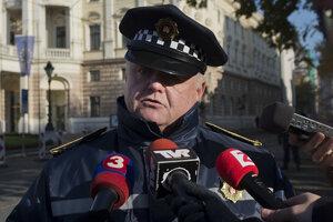 Mestskí policajti hlavného mesta SR Bratislavy dostali nové vozidlá so zabudovaným výstražným zvukovým znamením.