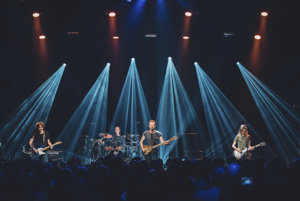 Sting počas koncertu v Bataclane.