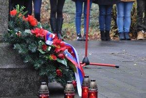 Pietna spomienka na obete vojen v Senici