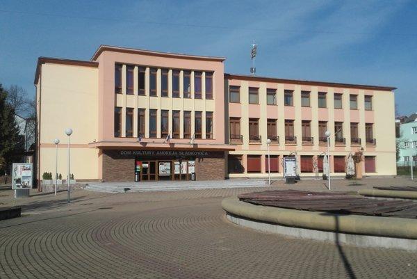Pracovisko nájdete v Kultúrnom centre A. Sládkoviča