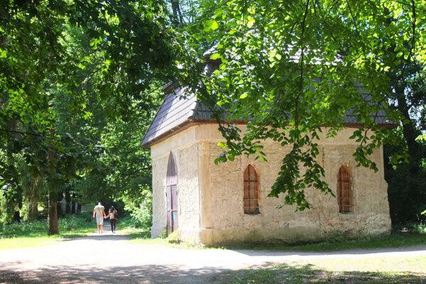 Altánok Žiarčania nazývajú aj kaplnkou, hoci ňou  nikdy nebol.