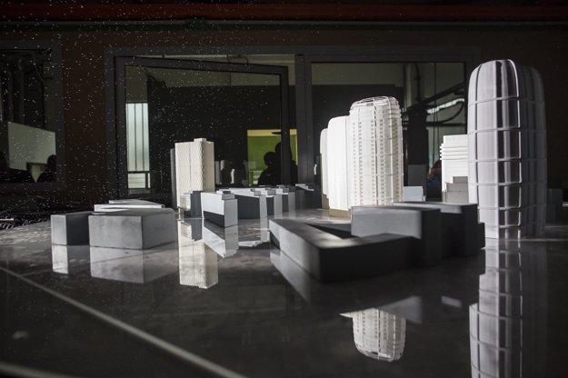 Modely budov vznikli na 3D tlačiarni.