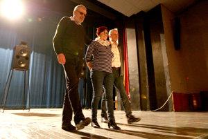 Breznianski herci prídu s predstavením Kováči do Kanianky.