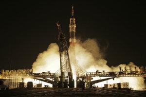 Raketa odlieta z Bajkonuru.