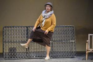 Na snímke herečka Ľuba Blaškovičová, ktorá stvárňuje postavu Kay počas skúšky hry Elaine Murphy: Moje baby.
