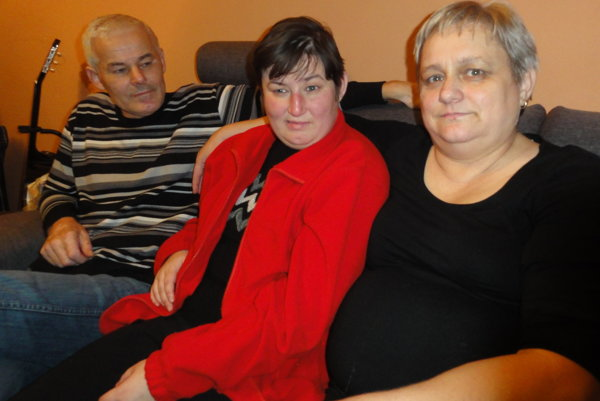 Martinka s rodičmi.