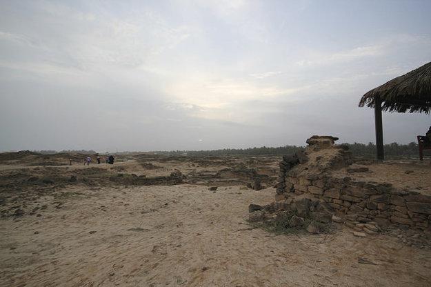 Al Balid Archeologický park je rozsiahla lokalita, ideálna na dlhé prechádzky.