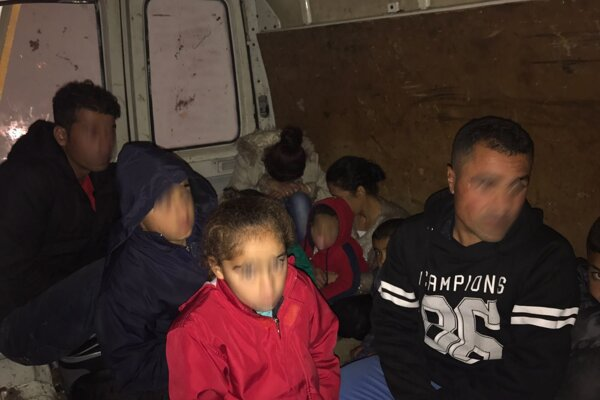 Istanbulská polícia zatkla 36 ľudí podozrivých z členstva v Islamskom štáte