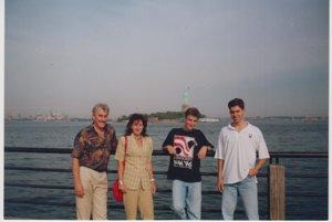 S manželkou a synmi v New Yorku.