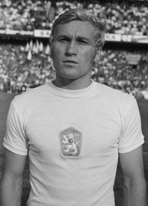 Futbalista Ján Pivarník.