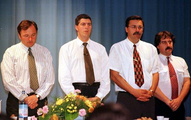 Pál Csáky, Béla Bugár, Pál Farkas a Gyula Bárdos stáli pri zrode SMK.