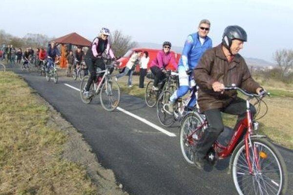 Prvú časť cyklotrasy z Kurinca postavila samospráva pred dvomi rokmi.