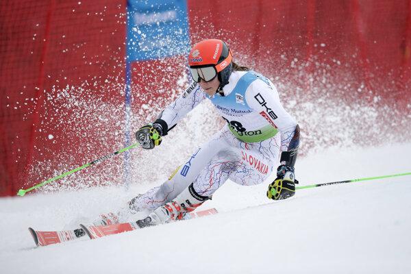 Petra Vlhová zbiera tento rok body aj v obrovských slalomoch.