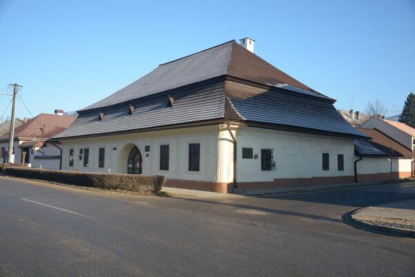 Múzeum prvého slovenského gymnázia. Revúcke historické múzeum sa spamätáva po ničivej povodni.