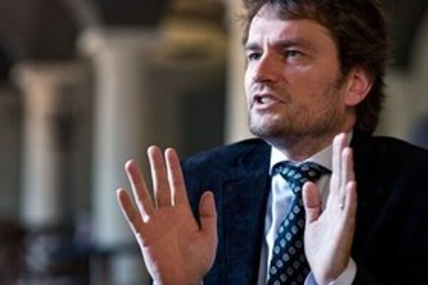 Igora Matoviča oslabil odchod veľkej časti kandidátky, na parlament si však stále verí.