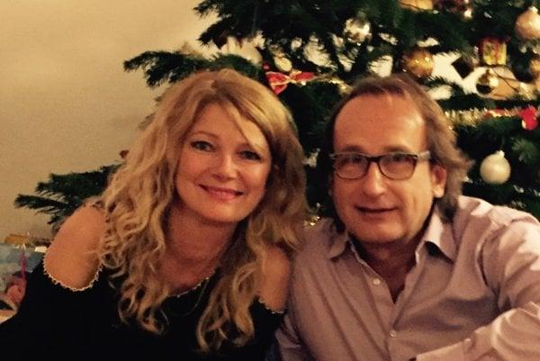Vianočná idylka s manželom Martinom Kállayom.