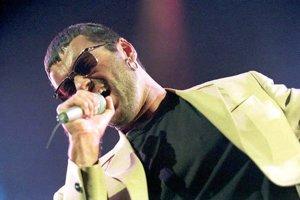 Britská pop hviezda George Michael v Londýne 14.11.1996.