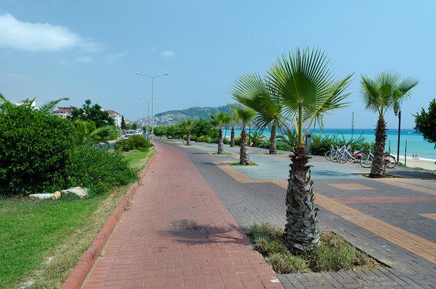 Alanya je príjemné mesto, po ktorom sa môžete smelo premávať aj bicyklom.