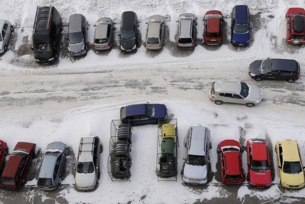 S parkovaním býva problém.