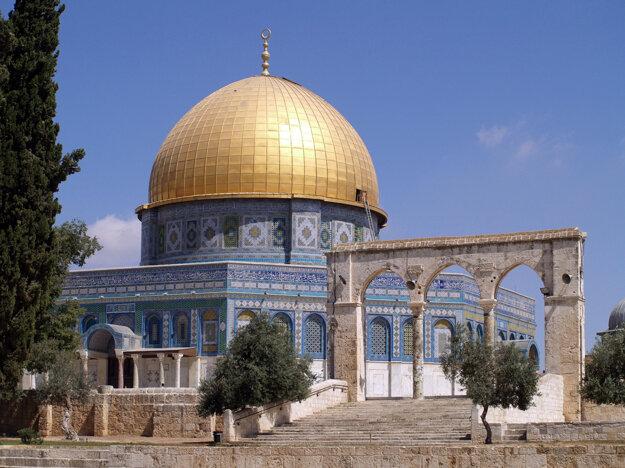 V Jeruzaleme je veľa posvätných chrámov a významných miest.